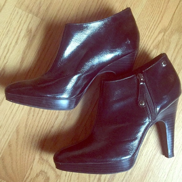 5b0ed88d1107 Isaac Mizrahi Shoes - Isaac Mizrahi for Target booties Size 7